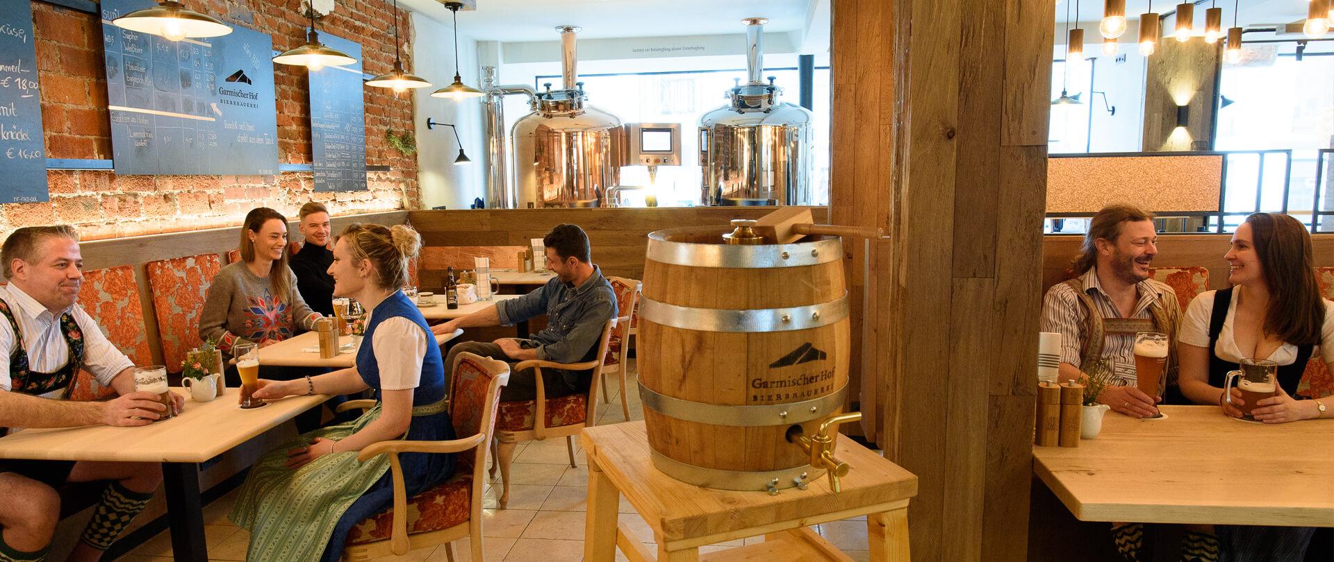 Garmischer Hof Bierbrauerei Menschen in der Brauerei